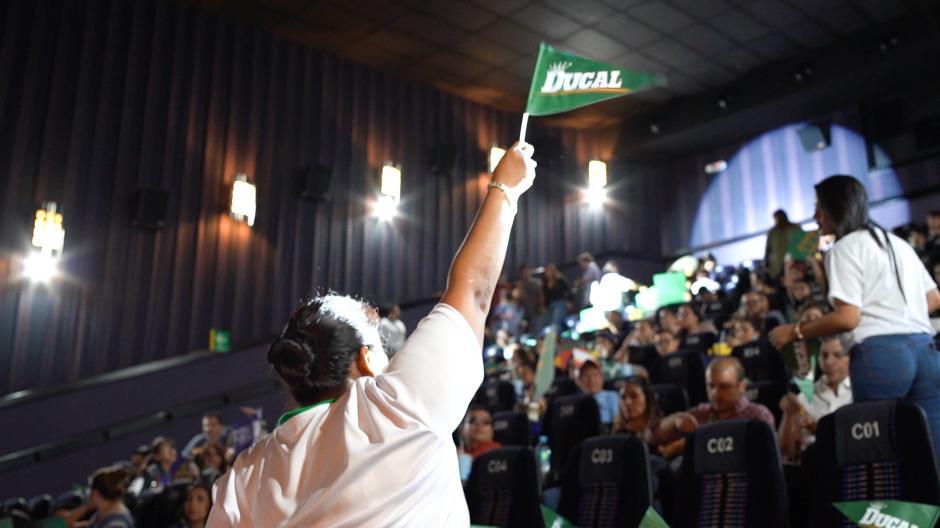 Un ambiente de fiesta se vivió en la sala de cine. (Foto: cortesía)