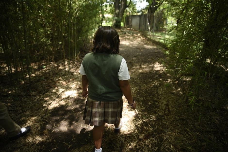 Las niñas son las encargadas de resguardar este barranco pues se encuentra dentro del colegio Monte María. (Foto: Wilder López/Soy502)