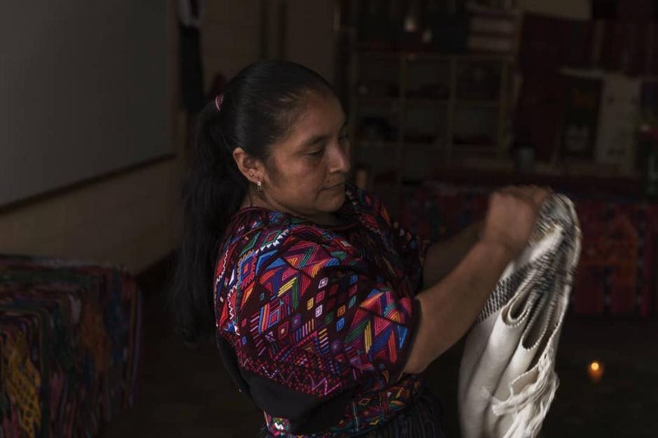 Cada pieza está hecha a mano por artesanas guatemaltecas. (Foto: Natural Art)
