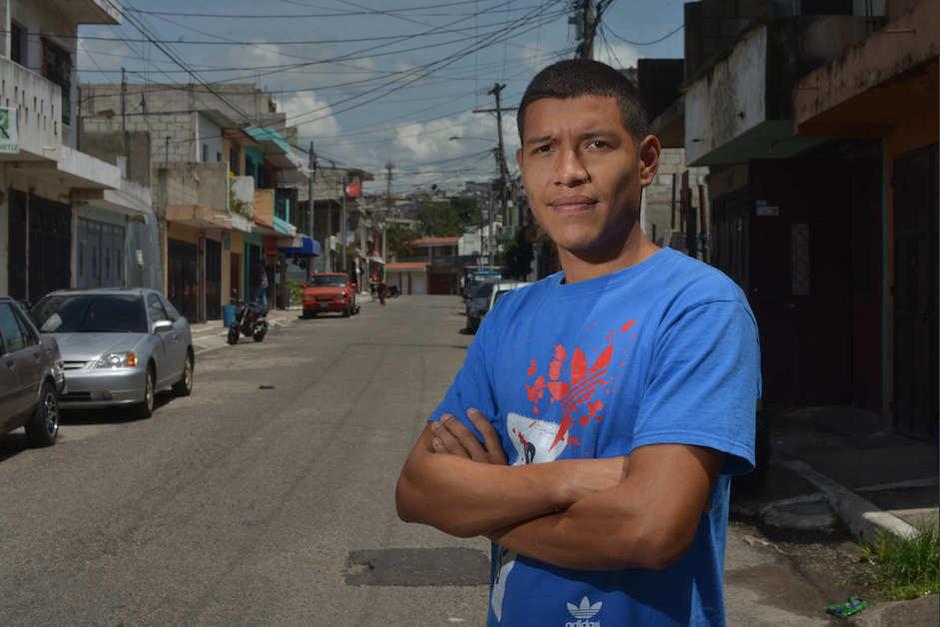 Argueta es un joven que ha sabido salir adelante, a pesar de las circunstancias. (Foto: Jesús Alfonso/Soy502)