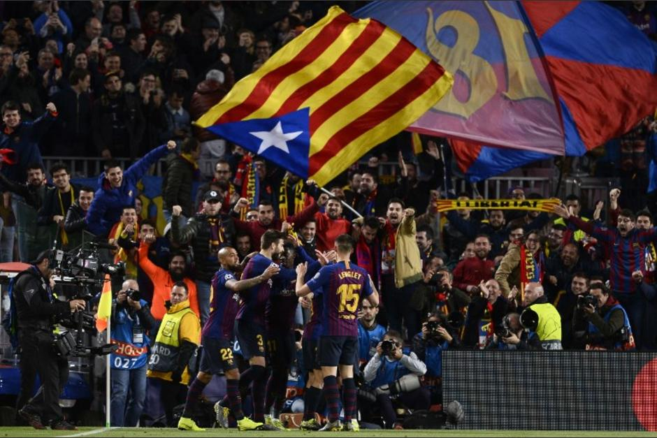 Así fue la celebración del Barcelona en su clasificación en Champions League. (Foto: AFP)