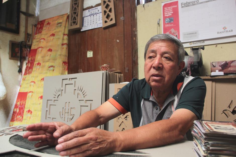 Rolando Ortíz ha trascendido con su arte por más de 50 años. (Foto: Fredy Hernández/Soy502)