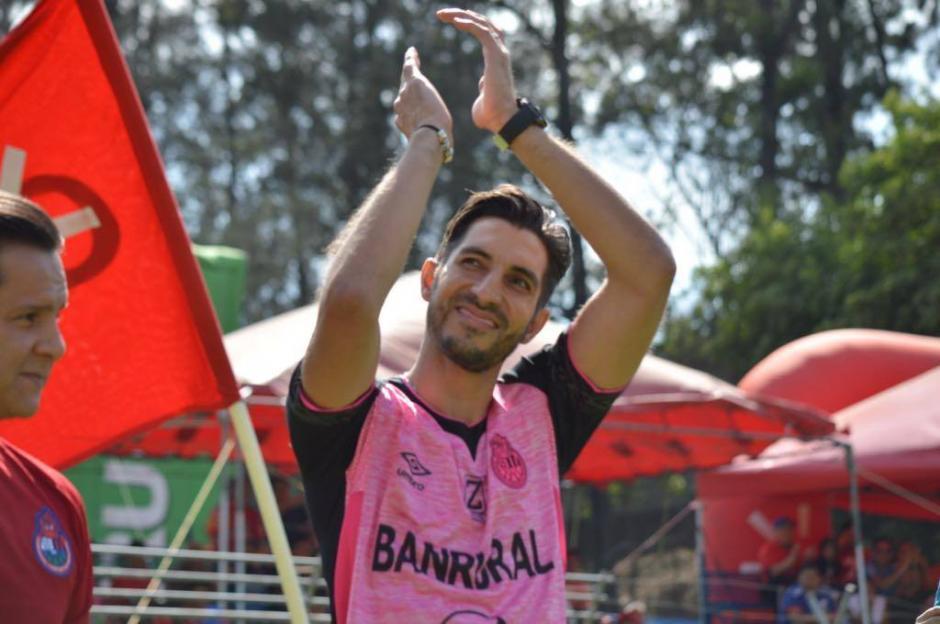 Penedo jugó durante mucho tiempo para el cuadro de Municipal y es uno de los queridos por la afición. (Foto: Rudy Martínez/Soy502)