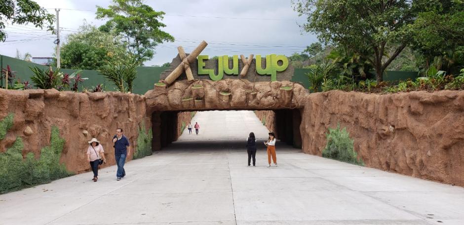 El nuevo parque respeta la arquitectura maya. (Foto: Victor Xiloj/Soy502
