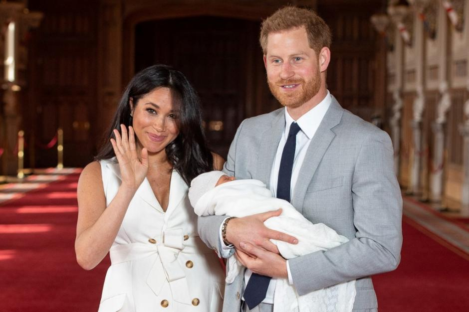Es la presentación oficial del nuevo bebé real. (Foto: AFP)