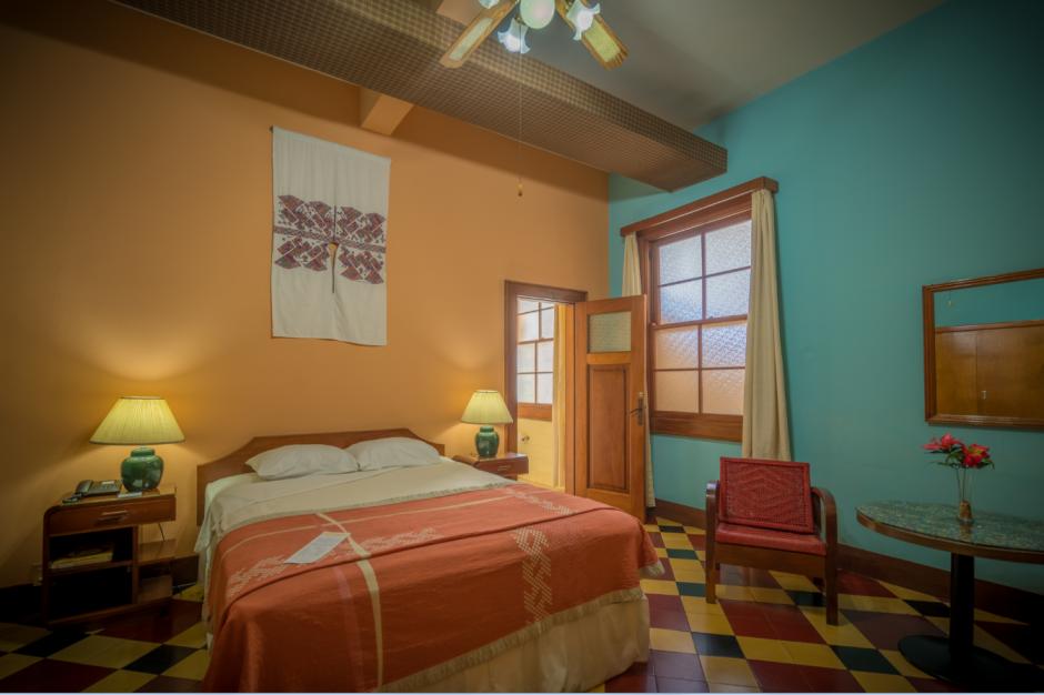 En este hotel se encuentran clásicas y confortables habitaciones. (Foto: cortesía)