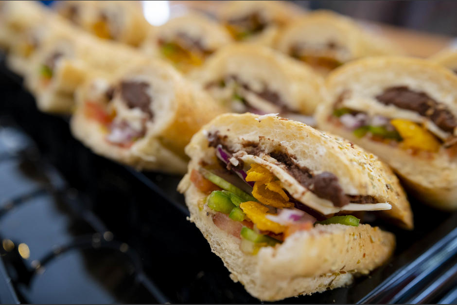 Subway ofrece cuatro nuevas combinaciones de panes con snacks crujientes. (Foto: George Rojas/Soy502)