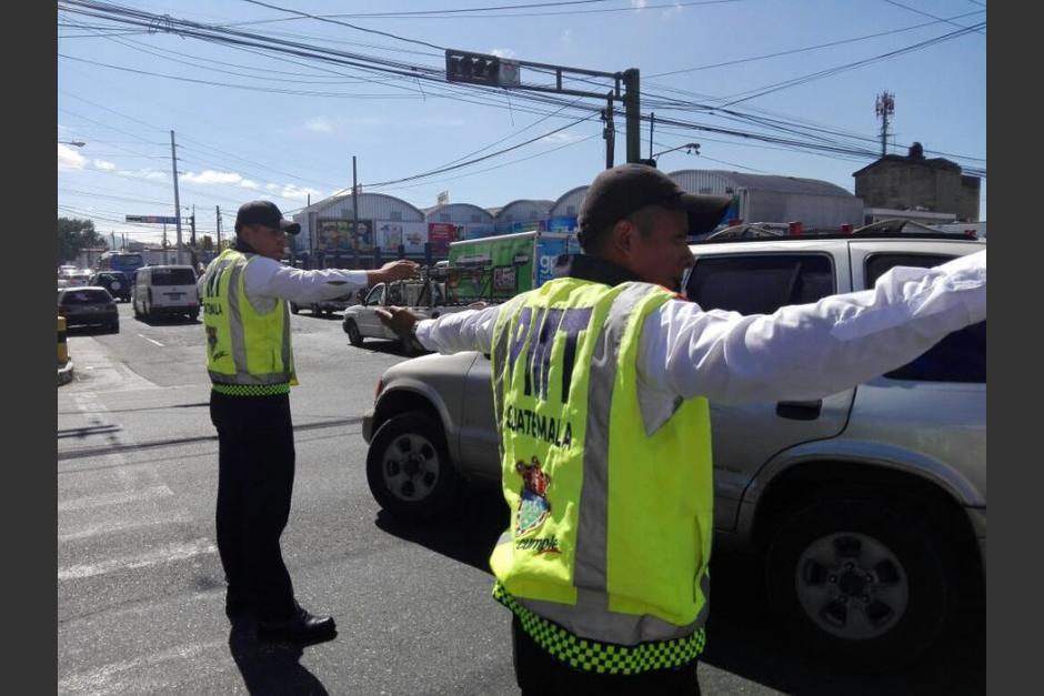 El agente recibirá el respaldo de la Municipalidad de Guatemala para denunciar las amenazas. (Foto: Gustavo E. Méndez/Soy502)