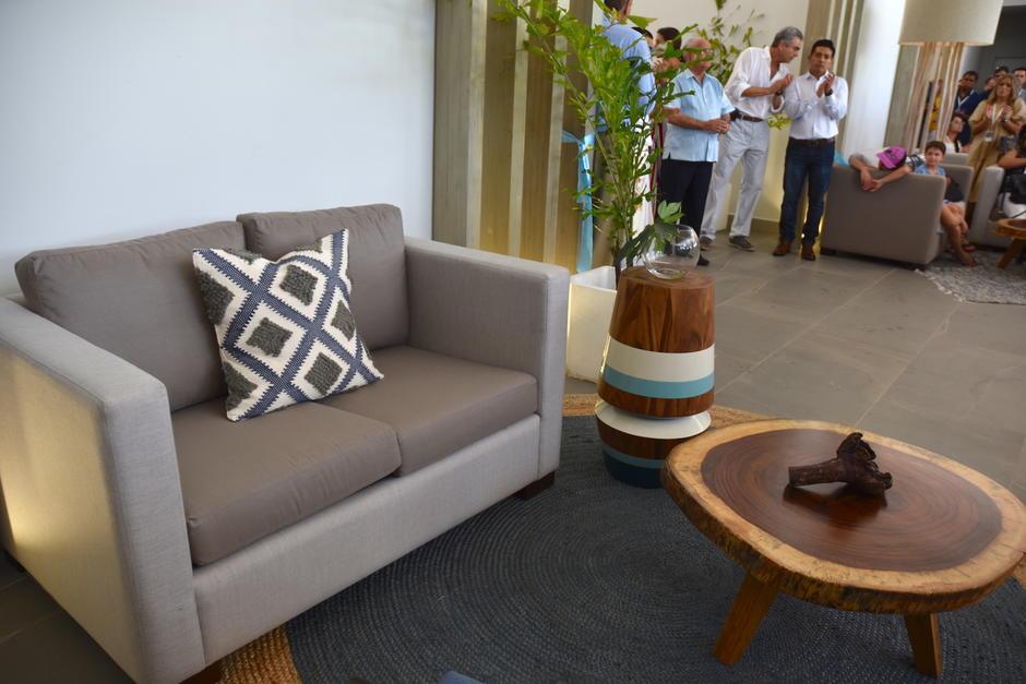 Artesanos guatemaltecos han participado en este proyecto con sus tejidos. (Fredy Hernández/Soy502)