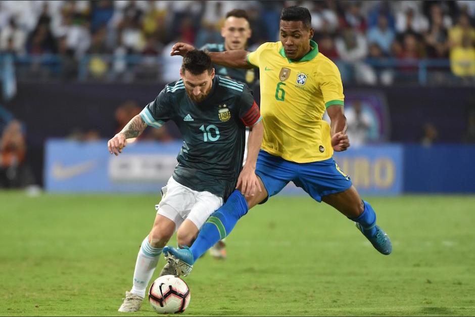 Messi volvió a jugar y marcó un gol en el juego ante Brasil. (Foto: AFP)