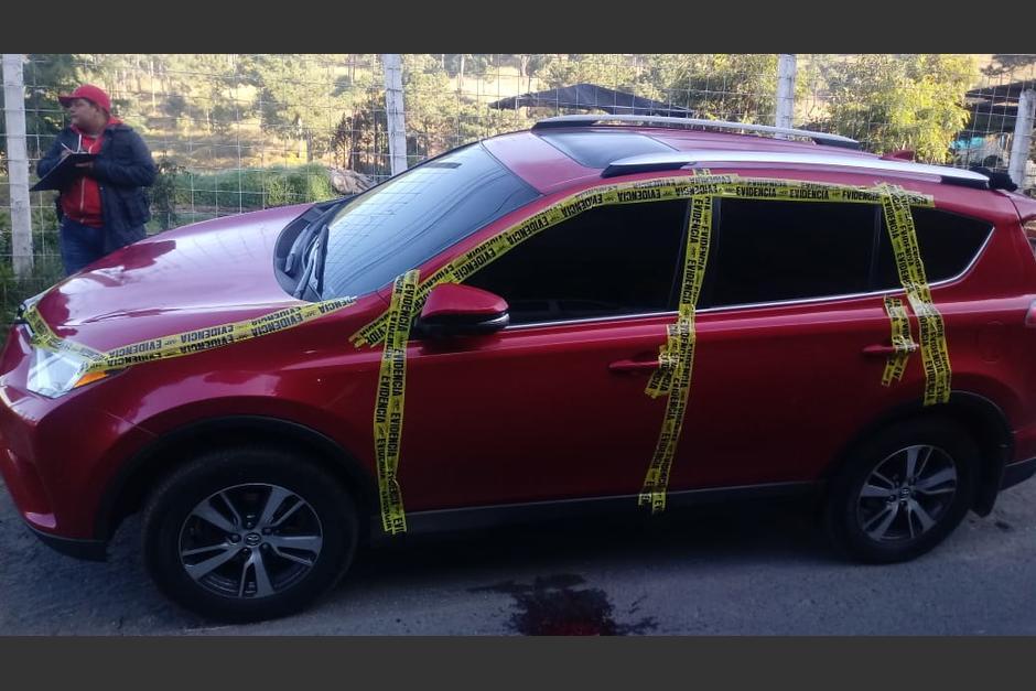 Tras la investigación, se determinó que el automóvil pertenece a un agente de la Policía Nacional Civil. (Foto: MP)