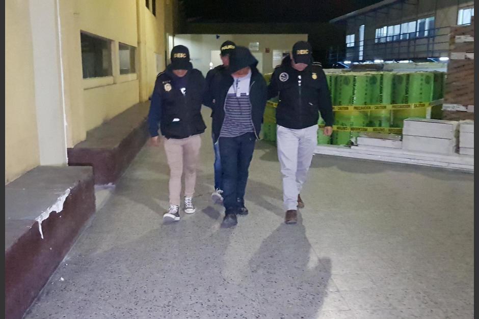 El trabajo de los investigadores pudo lograr la localización de la víctima en un sector de la ciudad de Guatemala. (Foto: PNC)