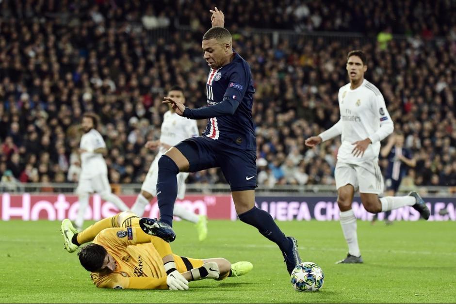El PSG resurgió en dos minutos y marcó el empate a 2 frente al Real Madrid que se hacía con la victoria. (Foto: AFP)
