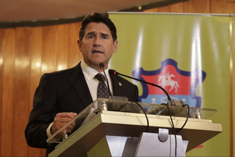 Ricardo Quiñónez opinó sobre la importancia de administrar el Aeropuerto La Aurora. (Foto Archivo/Soy502)