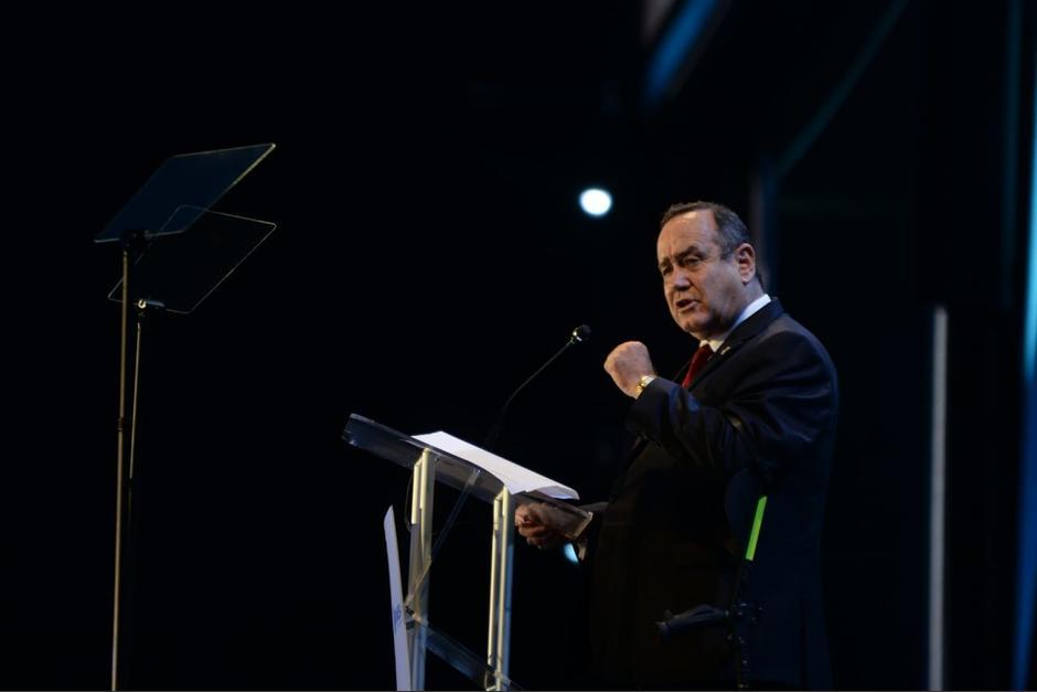 Giammattei le pidió a los empresarios que se involucren en el combate a la desnutrición. (Foto: Wilder López/Soy502)