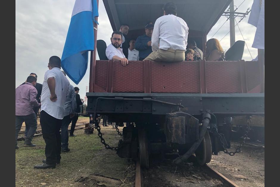 """El presidente Jimmy Morales participa en la inauguración de """"La Chula"""", pero la locomotora se descarriló. (Foto: Fredy Hernández/Soy502)"""