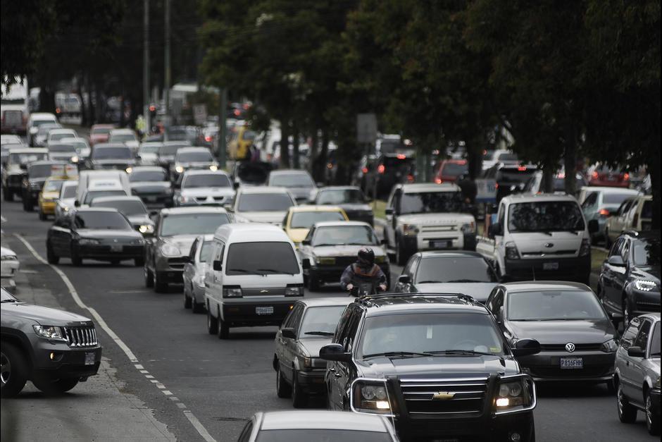 Si piensas salir durante este descanso, toma en cuenta que habrá complicaciones en las principales rutas de la ciudad. (Foto: Archivo/Soy502)