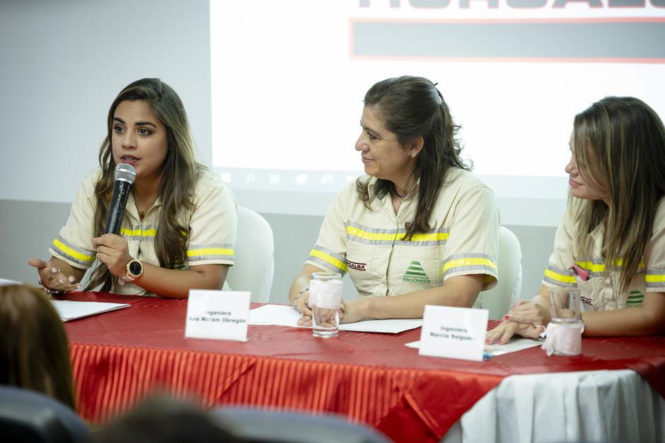 Representantes del negocio de cal de Cementos Progreso presentaron Canta Guatemala. (Foto: George Rojas/Soy502)