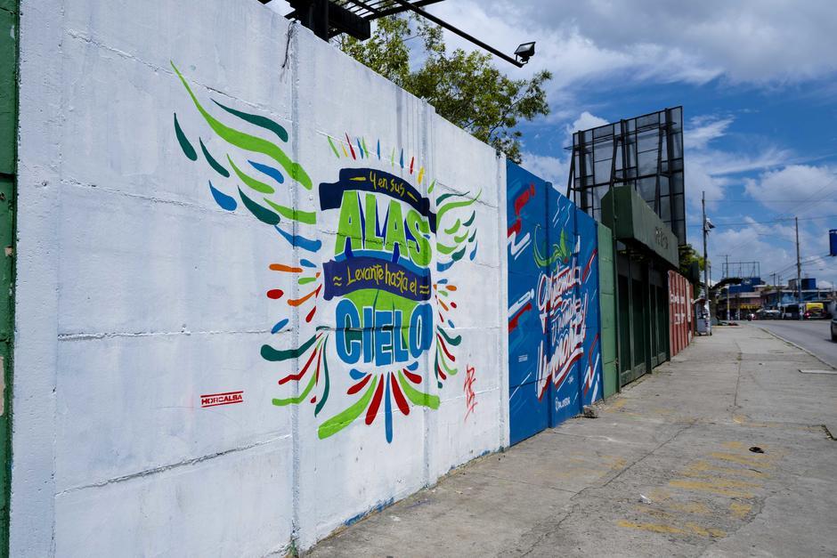 Los murales fueron realizados con pintura, a base de cal patrocinada por Horcalsa. (Foto: George Rojas/Soy502)