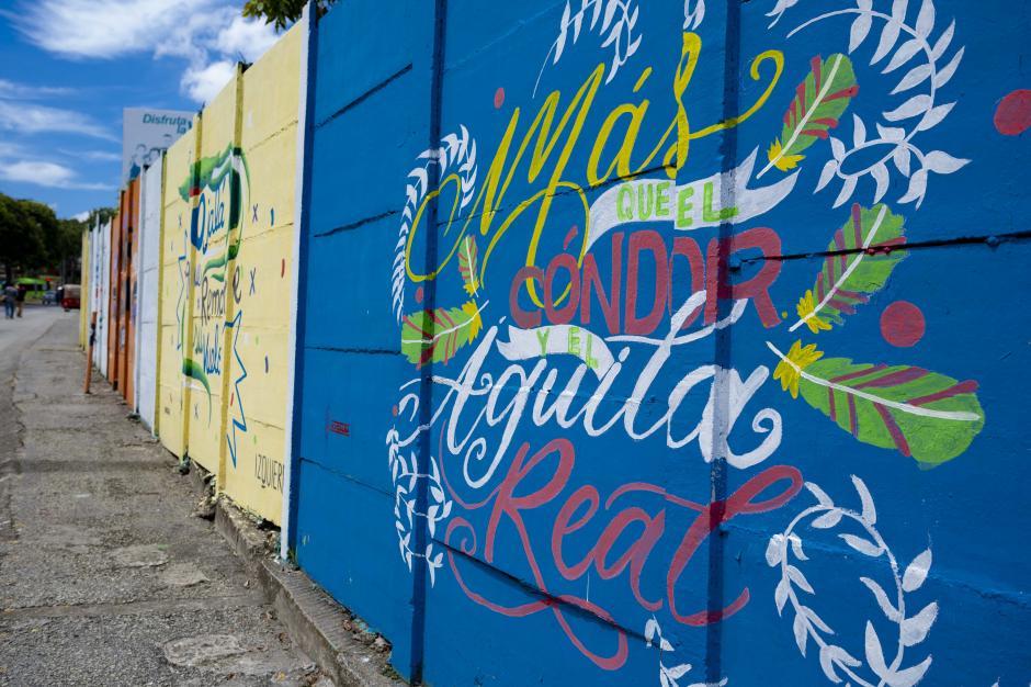 Canta Guatemala reunió a 7 artistas gráficos para llenar de color la ciudad. (Foto: George Rojas/Soy502)