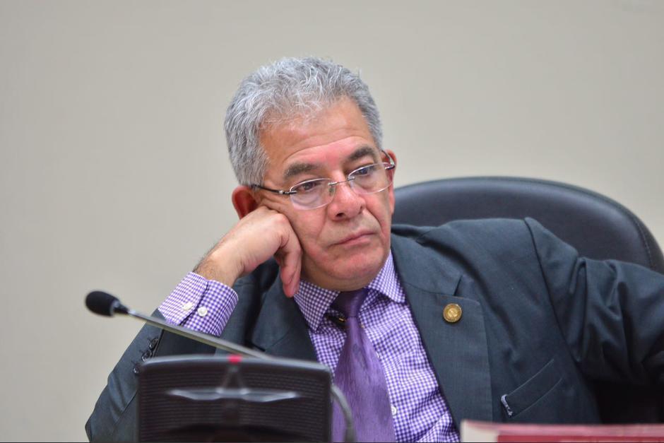 Fue rechazado por la falta de numeración, sello y firma de la legalización de su DPI en su expediente (Foto: Archivo/Soy502)