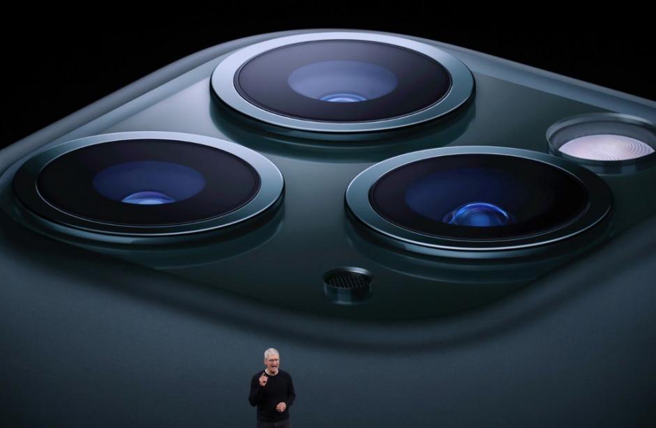 Los nuevos modelos de iPhone han atraído a los usuarios de estos dispositivos durante su presentación este martes. (Foto: AFP)