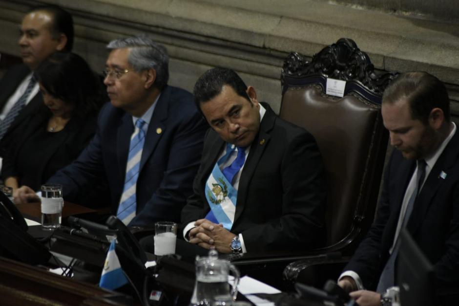 El presidente Jimmy Morales ofreció un discurso en el Congreso durante la conmemoración de un año más de Independencia. (Foto: AGN)
