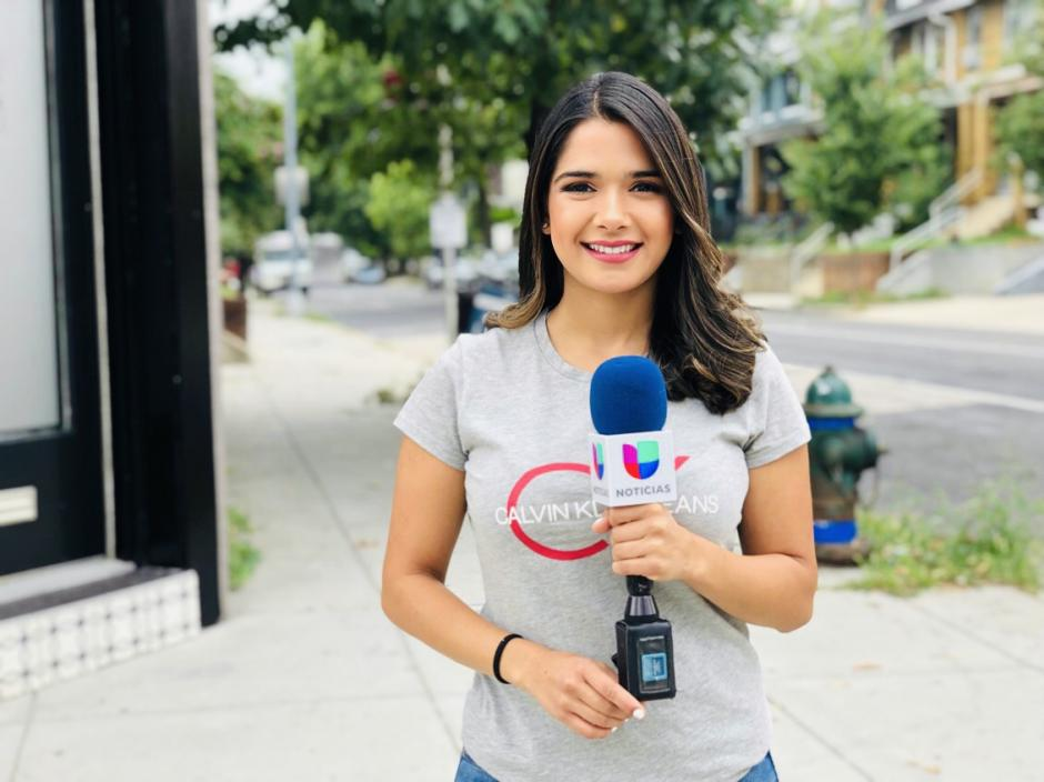 En Univision tuvo varias tareas mientras se empapaba del acontecer local en Washington. (Foto: Mariajosé Paiz)