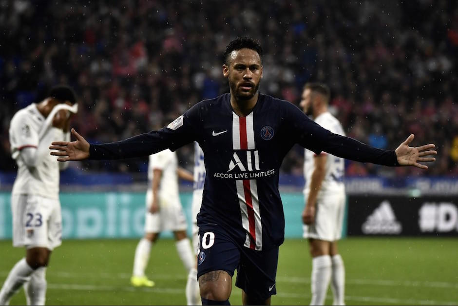 (VIDEO) Neymar volvió a darle la victoria al PSG con un golazo