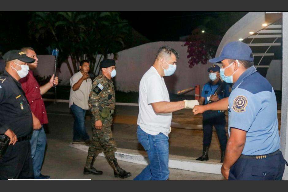 Personeros de la Municipalidad, El Ejército, PNC y PMT refuerzan medidas de seguridad y salud. (Foto Municipalidad de San José)