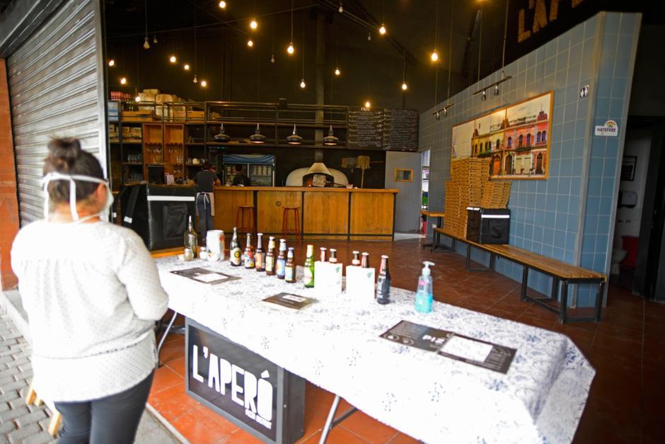 L'Aperó busca ofrecer sus productos para llevar a sus clientes. (Foto: Wilder López/Soy502)