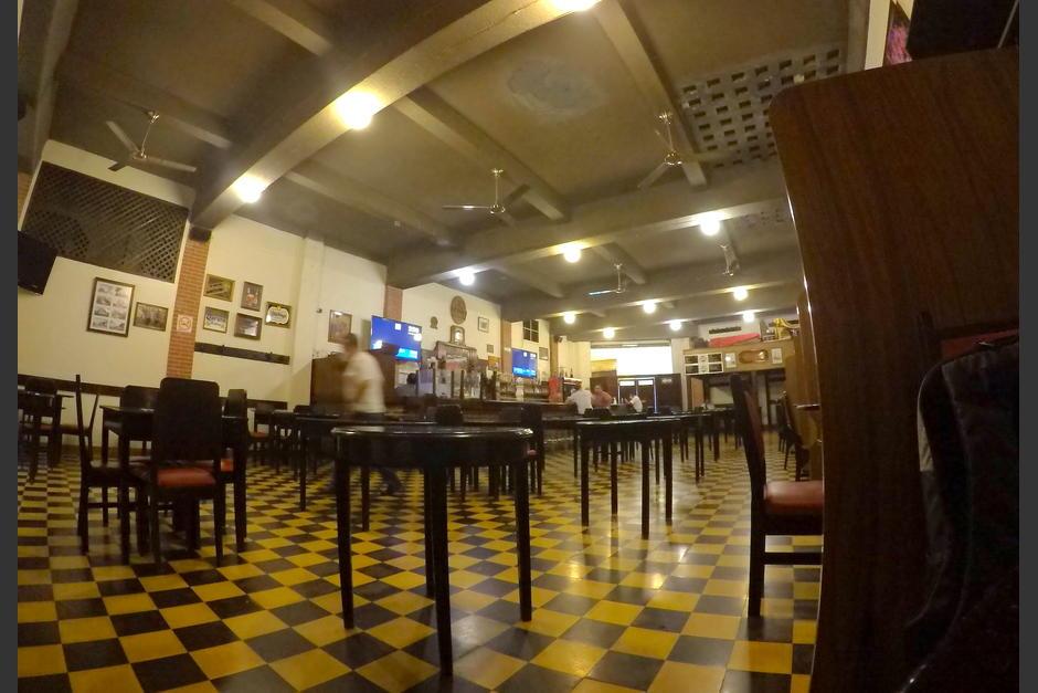 El restaurante abrió sus puertas el martes 4 de agosto, tras casi cuatro meses sin actividad. (Foto: Wilder López/Soy502)