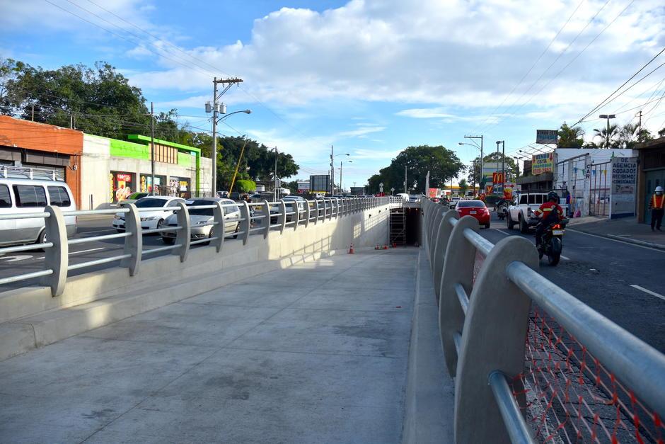 El paso a desnivel El Zapote está en la fase final y se podrá utilizar en algunos días. (Foto: Fredy Hernández/Soy502)