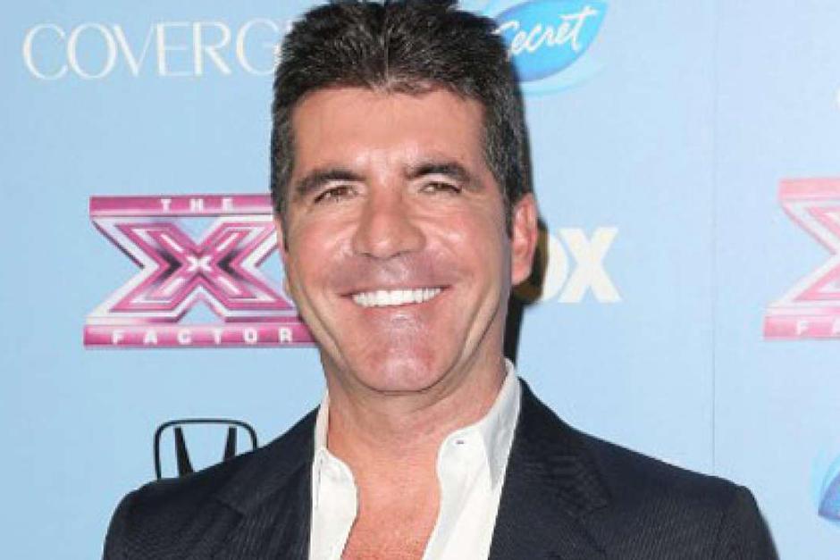 Simon Cowell sufre una caída en su casa