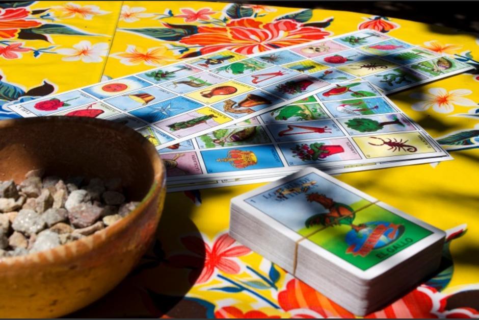 Juegan lotería con pacientes de Covid-19 para subirles el ánimo