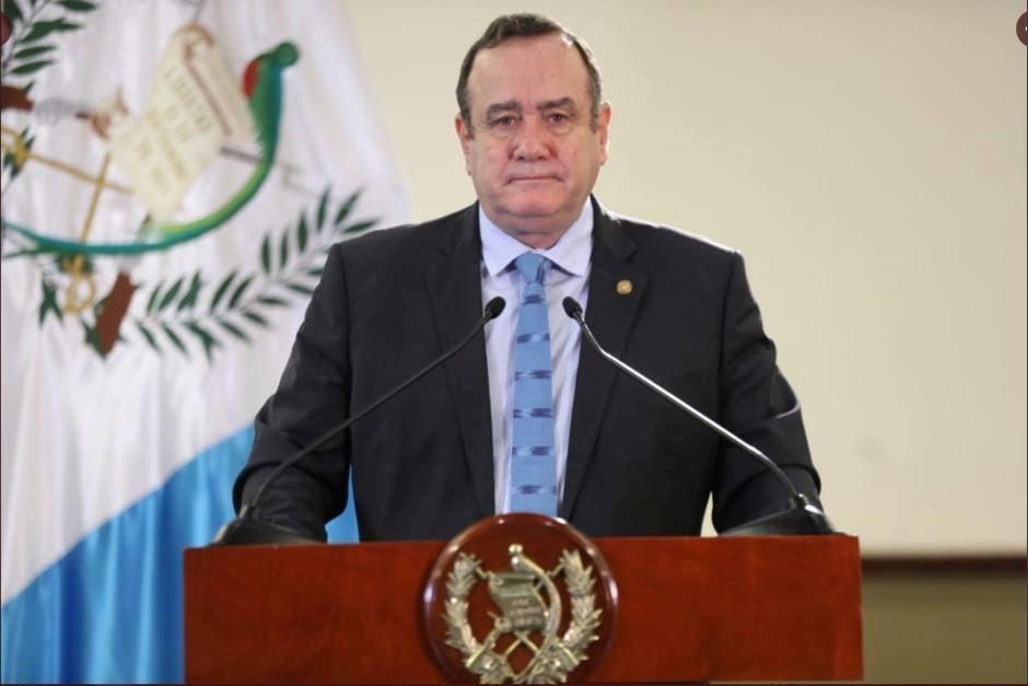 El presidente Alejandro Giammattei ofreció una conferencia de prensa virtual a algunos medios de comunicación. (Foto: Archivo/Soy502)