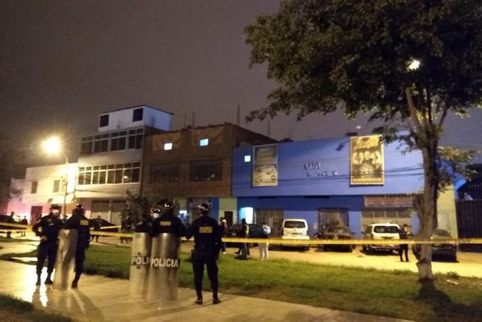 Las autoridades allanaron el lugar luego de recibir denuncias de una fiesta clandestina. (Foto: Comercio.pe)