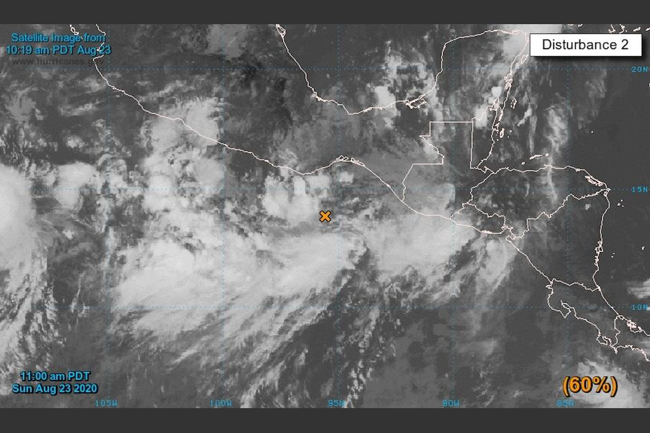 Un sistema de baja presión se forma en el Pacífico y podría afectar a Guatemala.. (Foto: Conred)