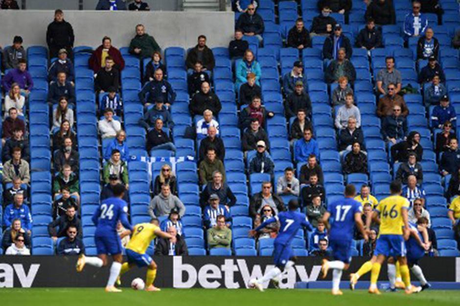 2,500 espectadores ingresaron al estadio (Fotografía: AFP)