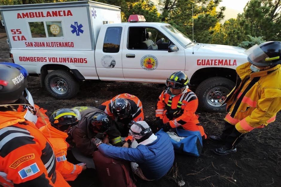 Los socorristas reportan que la operación de rescate comenzó a las 3 de la madrugada. (Foto: Bomberos Voluntarios)