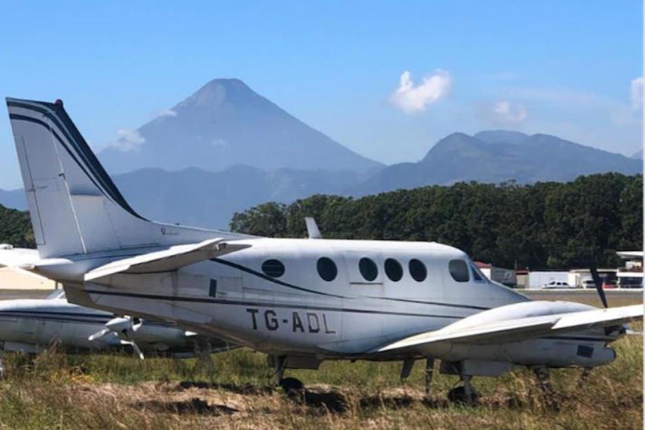 Esta es la avioneta que el guatemalteco Jaime Aparicio, amigo de Alejandro Sinibaldi, le entregó a Mauricio Funes como pago de soborno. (Foto: Soy502)