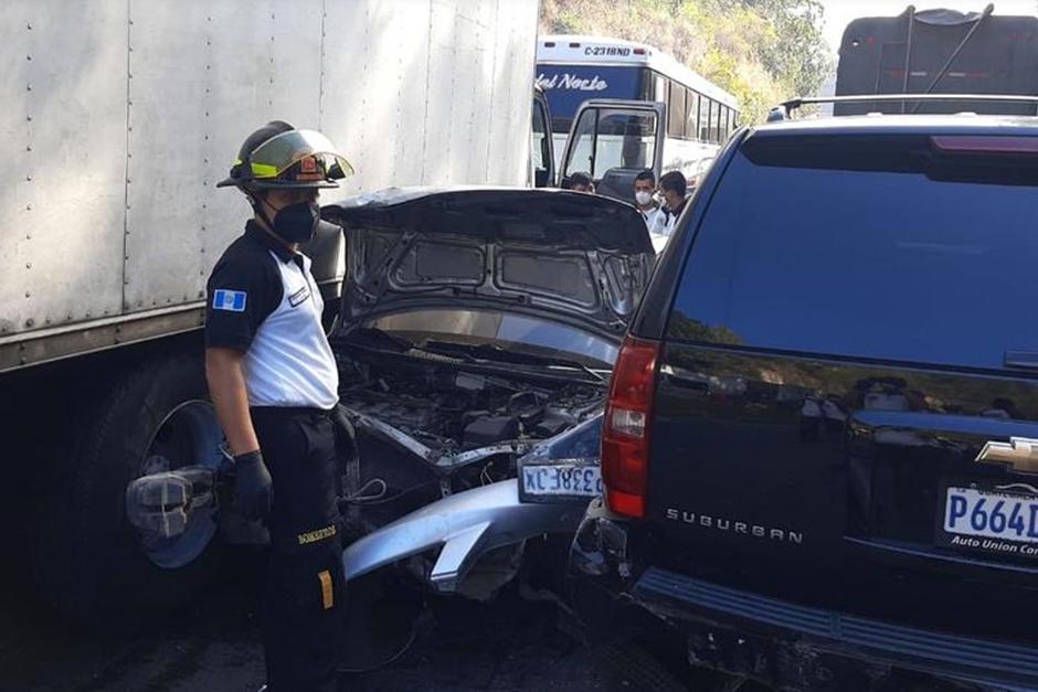 Varias personas resultaron heridas y los bomberos reportan un muerto. (Foto: Bomberos Voluntarios)