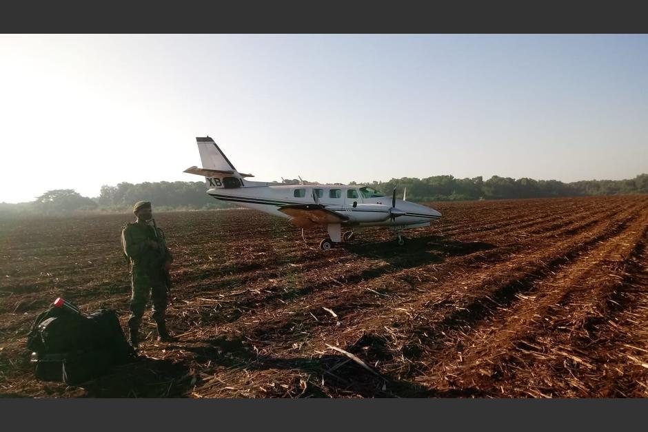 La avioneta fue localizada en un área cercana al área protegida Manchón Guamuchal. (Foto: Ministerio Público)