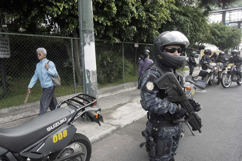 La PNC y varios ciudadanos lograron copar a los delincuentes en un sector del bulevar Liberación. (Foto: Archivo/Soy502)