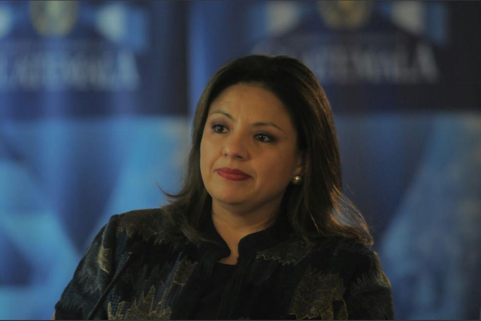 La exministra de Relaciones Exteriores, Sandra Jovel, emitió un Acuerdo Gubernativo que protegía a sus allegados. (Foto: Archivo/Soy502)