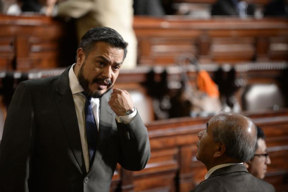 Javier Hernández hijo no asistió a la sesión plenaria del Congreso de este jueves ya que su padre presentaba quebrantos de salud. (Foto: Archivo/Soy502)