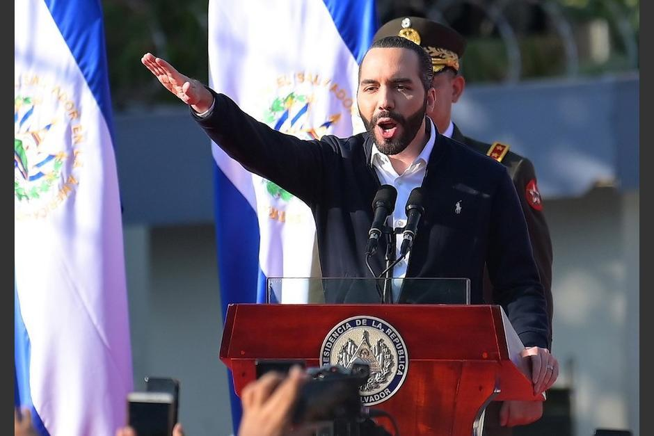 El presidente de El Salvador, Nayib Bukele, ordenó al Ejército de su país intervenir el Congreso para presionar a los diputados para aprobar un millonario préstamo. (Foto: AFP)