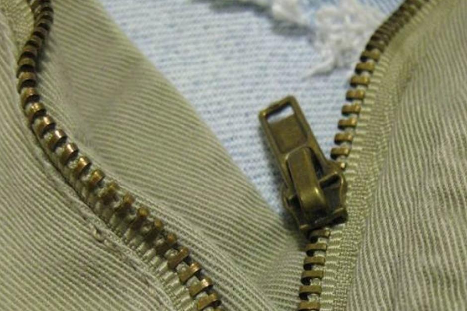 El video muestra que con la ayuda de un tenedor es posible volver a poner una cremallera en su carril (Foto: Pinterest)