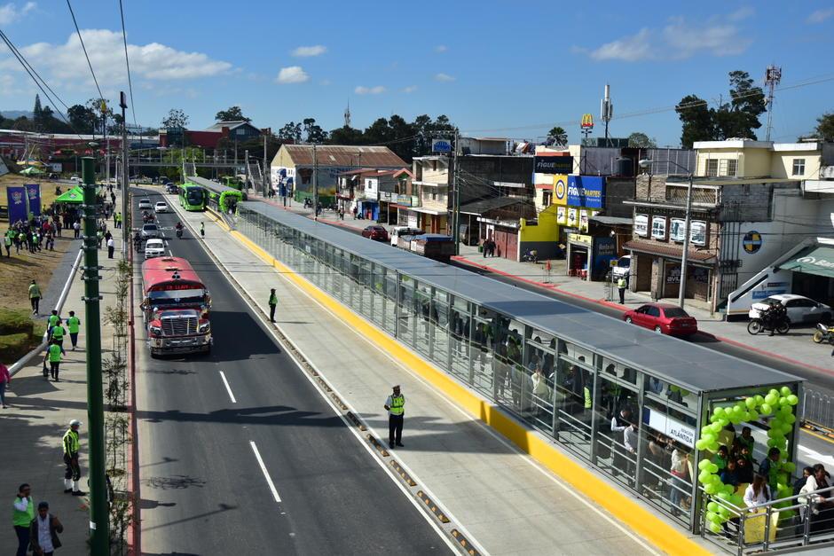 La Centra Atlántida busca ser una solución al transporte masivo del norte de la ciudad. (Foto: Fredy Hernández/Soy502)