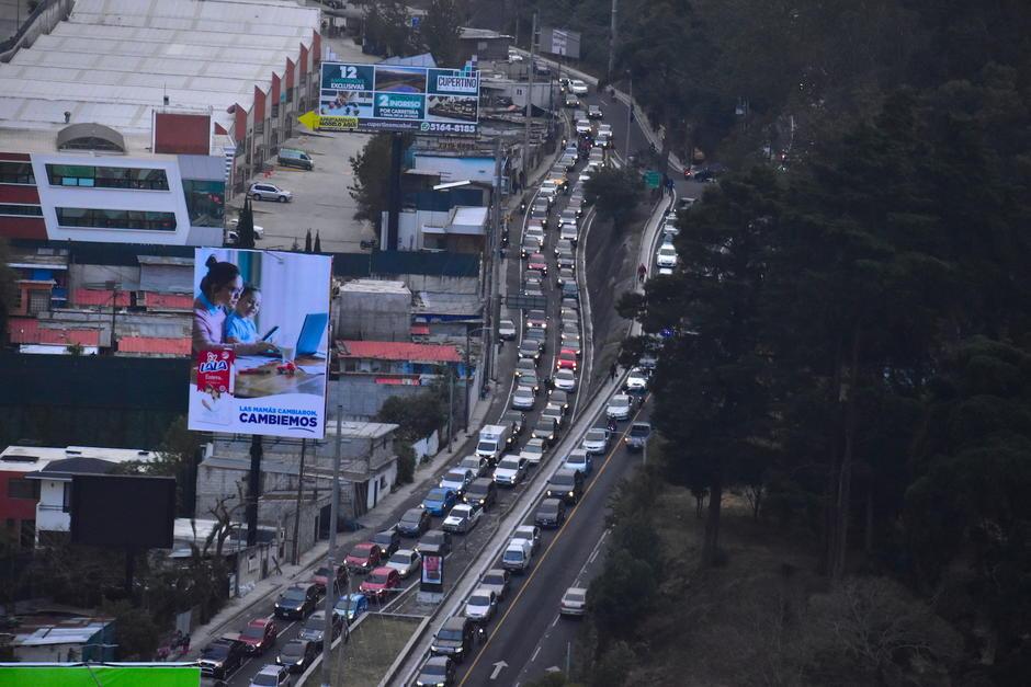 El tráfico en Santa Catarina Pinula es una problemática que afecta a miles de automovilistas. (Foto: Fredy Hernández/Soy502)